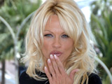 Pamela Anderson auctions herself