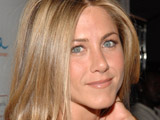 Aniston, Bateman sign for 'The Baster'