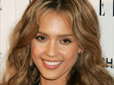 Jessica Alba marries Cash Warren