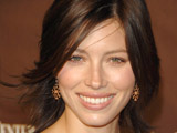 Jessica Biel starts Kilimanjaro climb