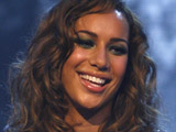 Leona Lewis to pen autobiography