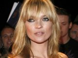 Kate Moss paints to get over Doherty
