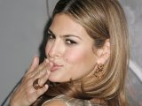 Eva Mendes admits to Gallagher crush