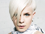 Robyn dislikes Spears comparisons