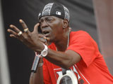 Flavor Flav 'involved in car crash'