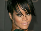 Rihanna moves to top of Irish chart
