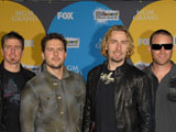Nickelback 'gave up control on new album'