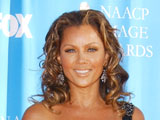 Vanessa Williams hires daughter as stylist