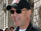 Bruce Willis eyes action movie return