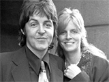 McCartney gives tribute to late wife