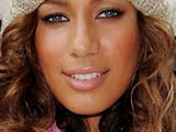 Leona Lewis 'reveals Hebrew tattoo'