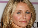 Cameron Diaz's father dies of pneumonia