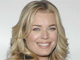 Romijn: 'I nursed twins on Eastwick set'