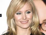 Kristen Bell 'chooses love over career'
