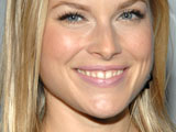 'Heroes' star Ali Larter marries boyfriend