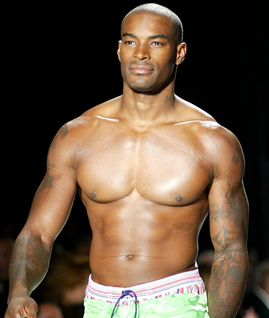 Ahh... you can't beat a nice bit of Tyson Beckford, can you?