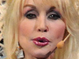 Dolly Parton developing biopic script