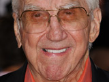 'Tonight Show' host honours Ed McMahon