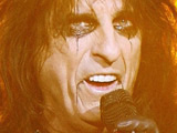 Alice Cooper 'scraps gig on religious grounds'