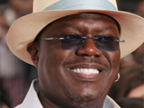 Clooney, Pitt pay tribute to Bernie Mac