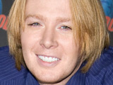 Clay Aiken gives gay rights speech