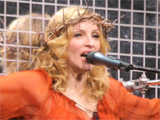 Madonna 'turns to psychic for help'