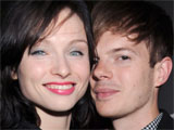Ellis-Bextor gives birth prematurely