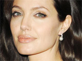 Angelina: 'I'm not a good housewife'