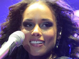 Alicia Keys stays top of UK album chart