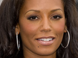Mel B auctions off clothes for charity