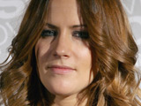 Caroline Flack to host 'Gladiators'