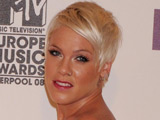 Pink recalls Thanksgiving disaster