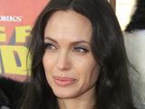 Angelina Jolie injured on 'Salt' set