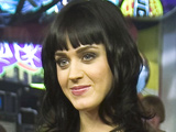Katy Perry splits from Travis McCoy