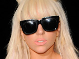 Lady GaGa grabs second week at No.1
