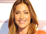 Lisa Snowdon backs 'legend' Phillips