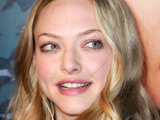 Seyfried: 'Kissing Megan Fox was weird'