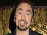 David Gest 'offers support' to Winehouse
