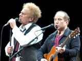 Simon and Garfunkel reunite at NY gig