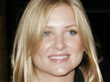Capshaw signs new 'Grey's' deal