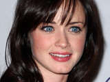 Alexis Bledel 'likes complicated guys'