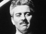 Charlie Chaplin's son dies, aged 82
