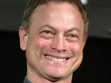 Sinise funds 'Seabiscuit' Arabic print
