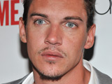 Rhys Meyers 'detained after airport brawl'