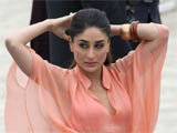 Kareena topless in 'Kurbaan' poster