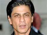 Shah Rukh Khan loves female company