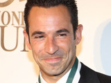 Helio Castroneves welcomes daughter