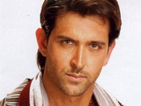 Hrithik Roshan unveils new look