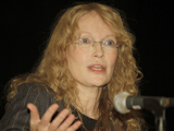 Mia Farrow declares hunger strike