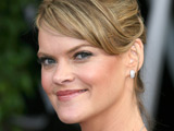 Missi Pyle replaces Bibb in NBC pilot